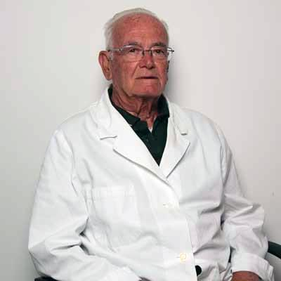 "<b style=""font-size:12px;"">Dr. Enzo Magarelli</b>"